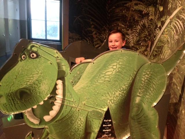 Cub Sleepover with Dippy the Dinosaur – Newcastle